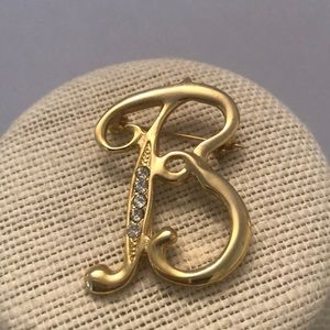 Vintage gold plated initial B w/ crystals brooch